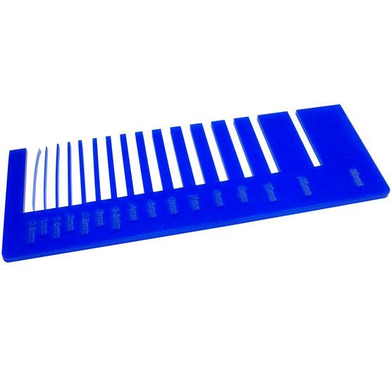 Test precisione- plexiglass blu oltremare opalino per il taglio laser