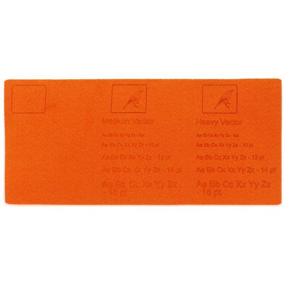 Esempio incisione - feltro arancione per il taglio laser