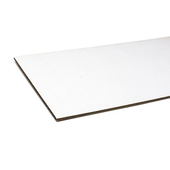 Bordi tagliati - cartone microonda bianco per il taglio laser