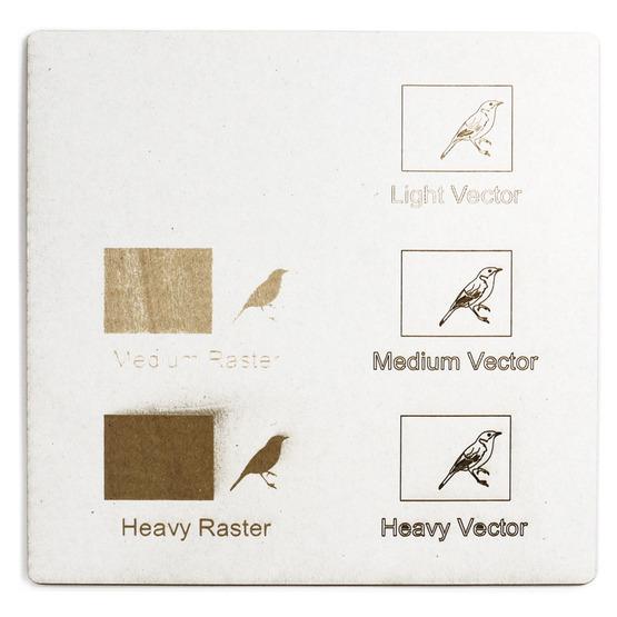 Esempio incisione - cartone microonda bianco per il taglio laser