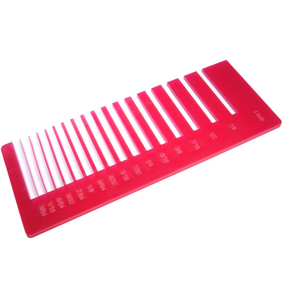 Test precisione- plexiglass magenta diffusore per il taglio laser