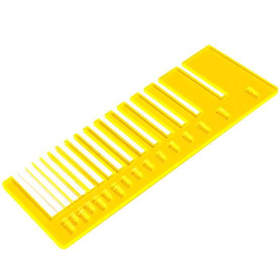 Test precisione- plexiglass giallo ambra fluo per il taglio laser
