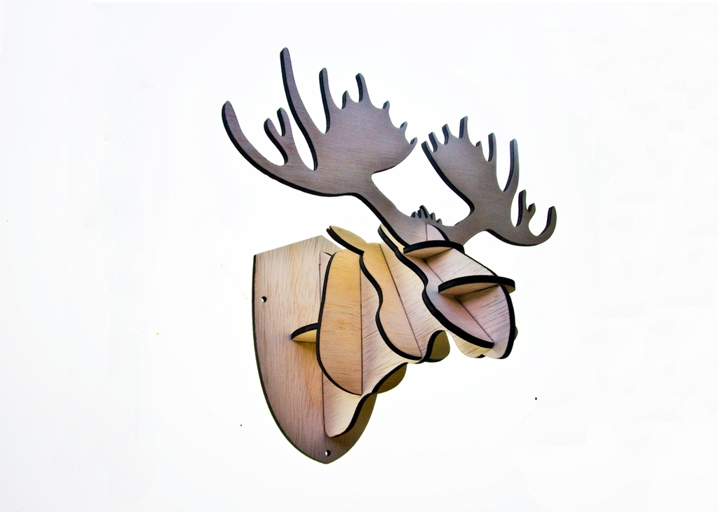 Interlocking elk trophy to be produced in plywood
