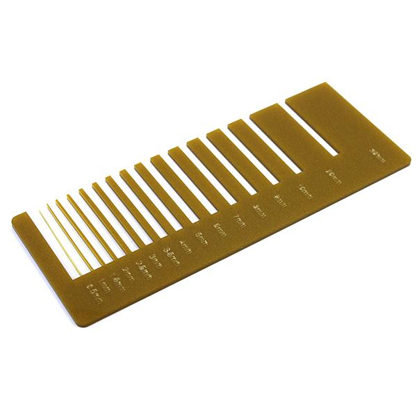 Plexiglass oro metalizzato - test precisione taglio laser