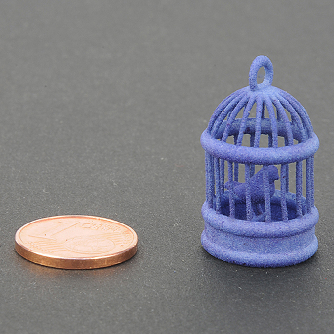Blue plastic for 3D printing - sample