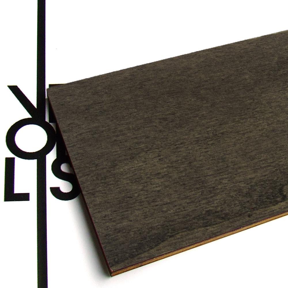 Black painted poplar plywood - finish