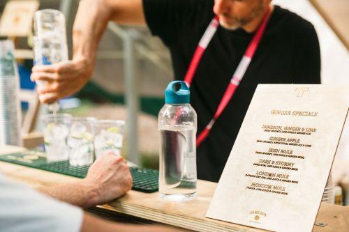 Terraforma   drink list in legno inciso al laser